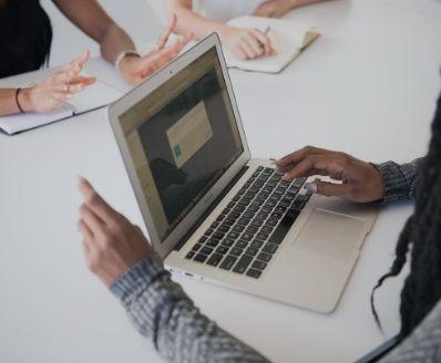 curso online de Implementação de sistemas de gestão da formação profissional, incluindo aprendizagem enriquecida por tecnologia - NP 4512:2012
